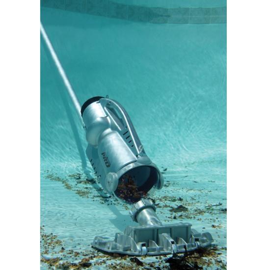 Aspirateur piscine pool blaster pro 900 de watertech moins for Aspirateur rechargeable pour piscine