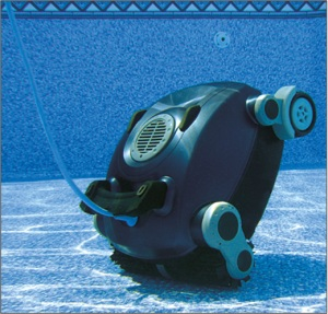 Robot piscine hunter moins cher sur piscineo for Robot piscine sur batterie