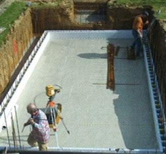 Index of media wysiwyg first bloc astral piscine beton for Montage piscine