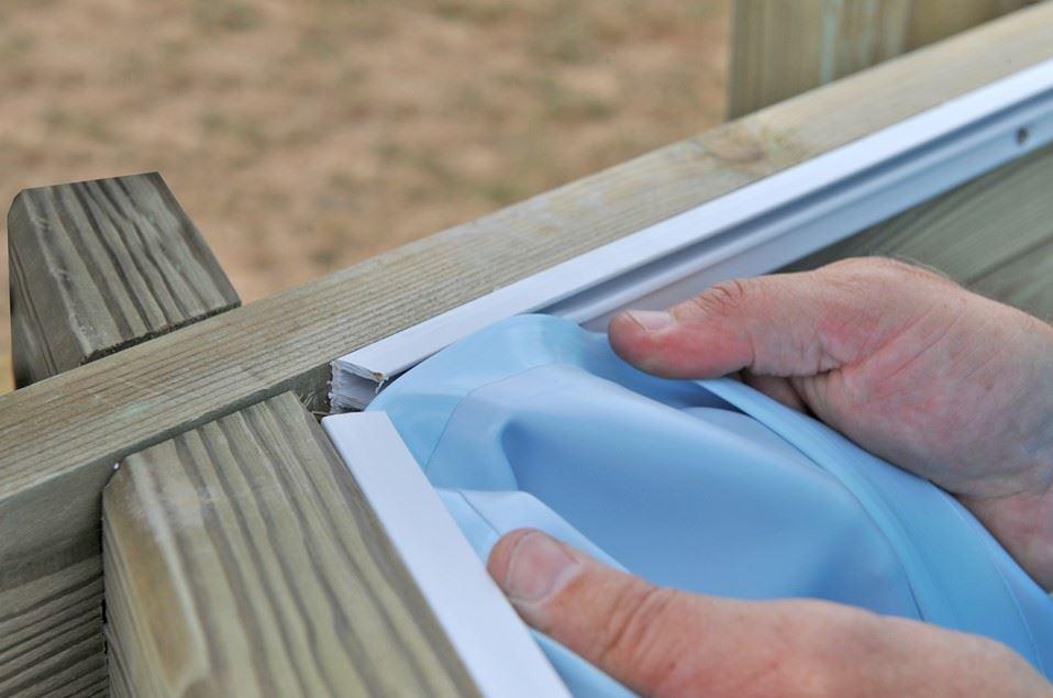 Piscine bois sunbay mod le evora x prix for Rail liner piscine bois